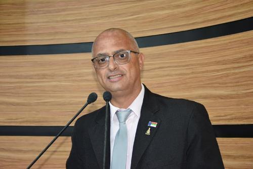 Imagem Líder da Bancada de Situação ressalta valorização dos servidores e apoio da Câmara