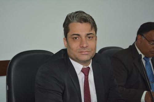 Imagem Moreira parabeniza prefeitura pelo fim do Programa Acolher