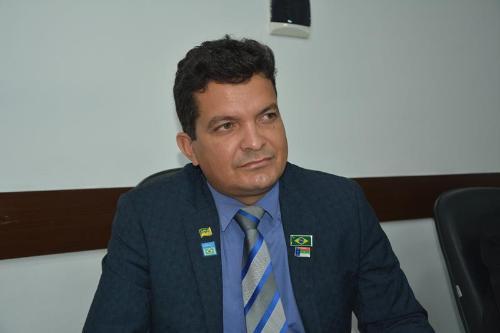 Imagem Salomão diz que prefeitura está em débito com empresa vencedora de licitação desde 2018