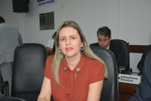Imagem Viviane destaca denúncia do PT contra postagens ofensivas