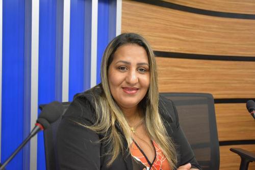 Imagem Nildma cobra atuação do Executivo na Zona Rural