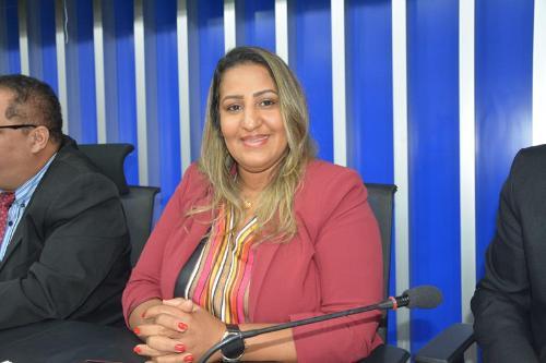 """Imagem Nildma diz sim à guarda municipal: """"Não voto com o prefeito, voto com a população"""""""
