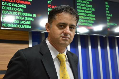 Imagem Jacaré ressalta responsabilidade do Legislativo na aprovação de projetos