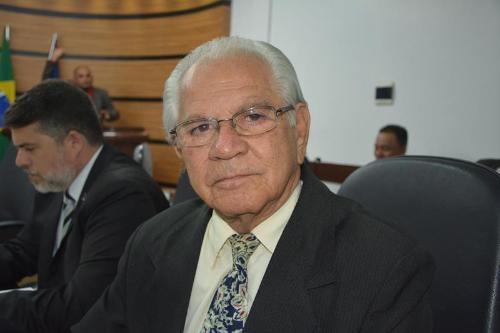 Imagem Álvaro parabeniza gerente regional da Embasa por serviços prestados a Vitória da Conquista