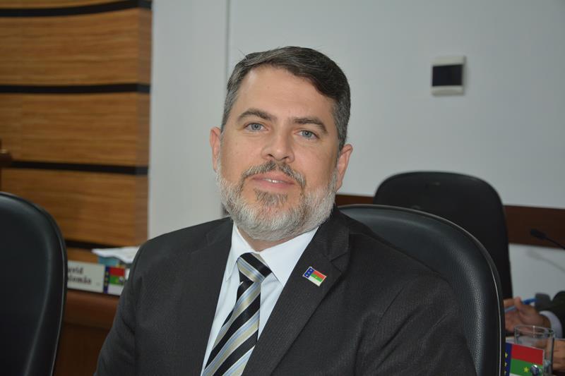 Imagem Edivaldo Ferreira Júnior faz balanço dos três anos do Governo Herzem