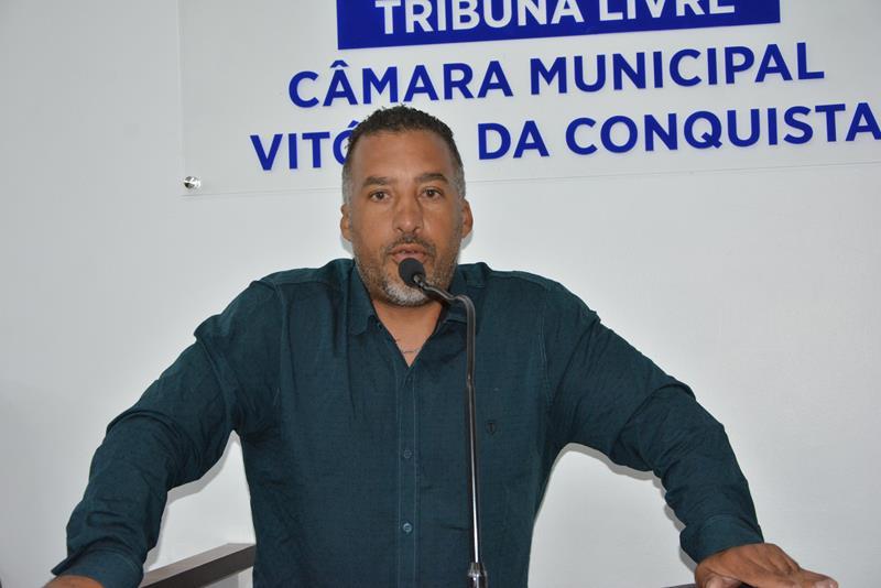 Imagem TRIBUNA LIVRE: Líder comunitário pede melhorias para localidades da Zona Sul