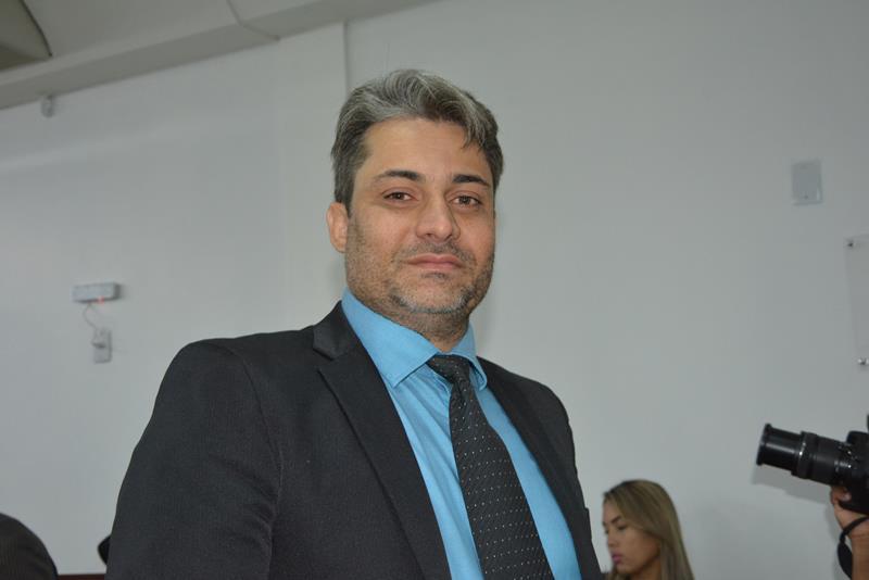 """Imagem Caso Casulo: """"Há indícios fortes de, no mínimo, negligência"""", revela Rodrigo Moreira"""