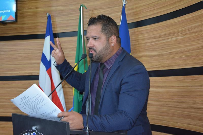 Imagem Kiribamba lamenta abandono no Bairro Brasil por parte do governo municipal