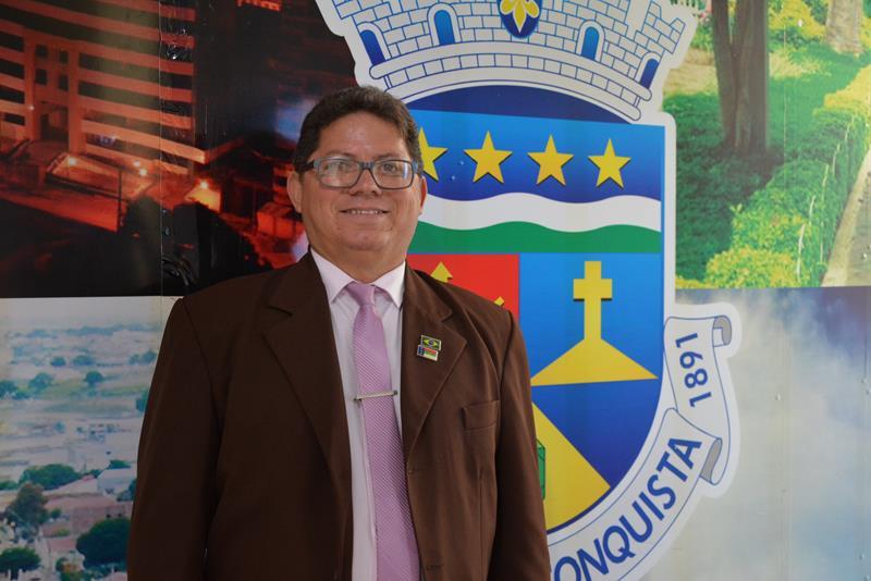 Imagem Bezerra pede mais investimentos de deputados da região em Vitória da Conquista