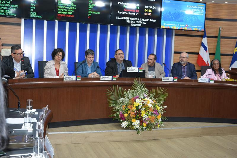 Imagem Câmara entrega Medalha Mérito Cultural Glauber Rocha em sessão especial