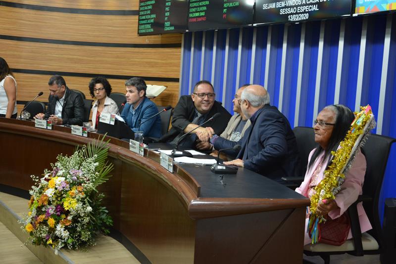Imagem Vereadores ressaltam necessidade de investimentos na cultura local