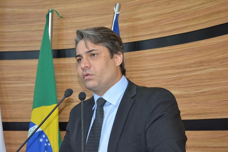 Imagem Rodrigo Moreira apresenta projetos de lei para combate à Covid-19