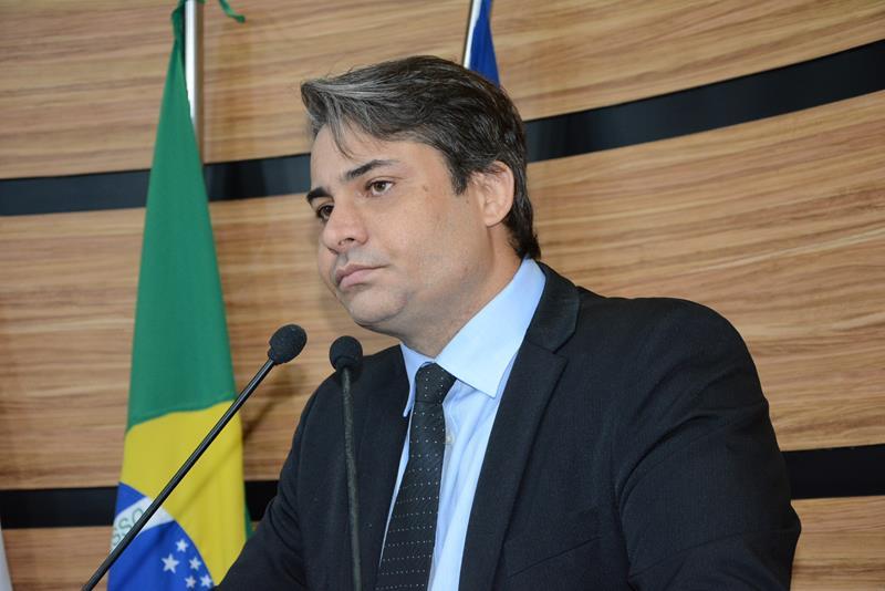 Imagem Rodrigo Moreira pede atenção aos gastos do Governo Herzem