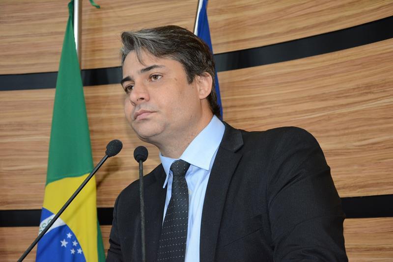 Imagem  Rodrigo Moreira ressalta funções da Câmara: fiscalização e elaboração de leis