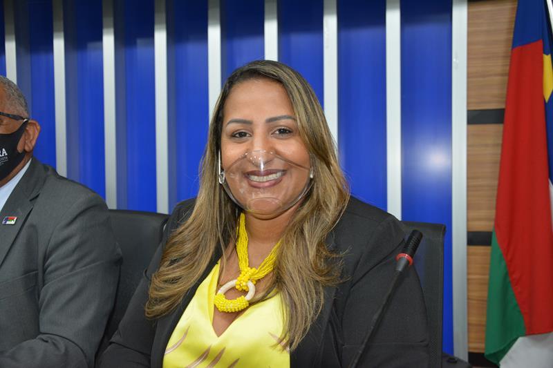 Imagem Nildma diz que continuará lutando em defesa das mulheres e trabalhadores