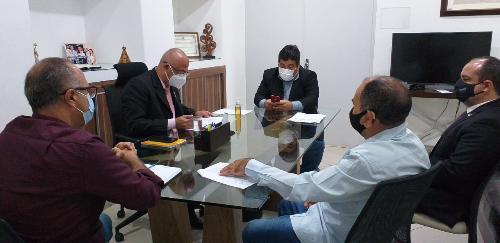 Imagem Presidente da Câmara promove reunião de alinhamento com líderes e Comissão de Legislação