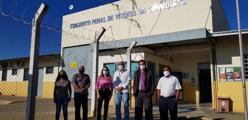 Imagem Comissão de Direitos Humanos da Câmara se reúne com direção do Conjunto Penal de Vitória da Conquista