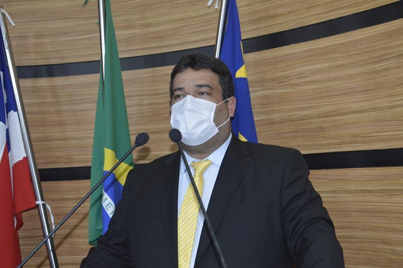 Imagem  Ivan Cordeiro lamenta marca de mais de 400 mil mortes por Covid-19 no Brasil
