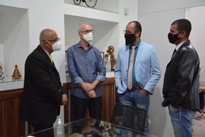 Imagem Câmara recebe visita do deputado estadual Josafá Marinho