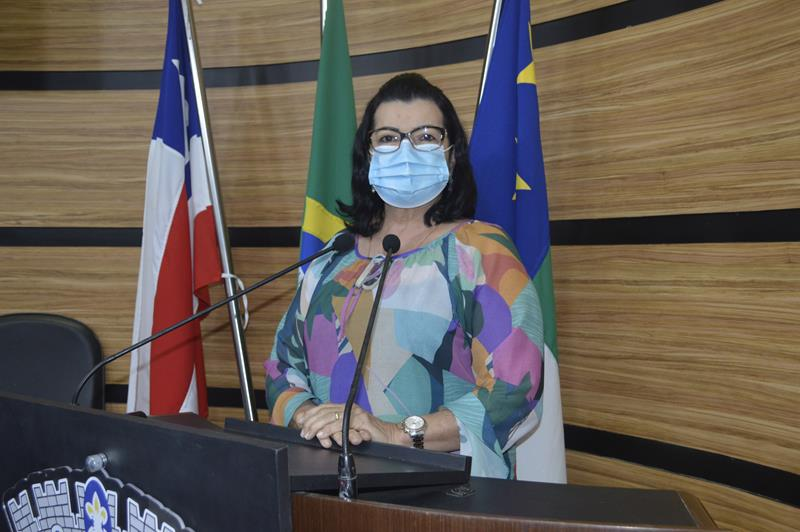 Imagem  Lúcia Rocha ressalta atuação da Guarda Municipal e pede regularização fundiária da Vila Serrana II