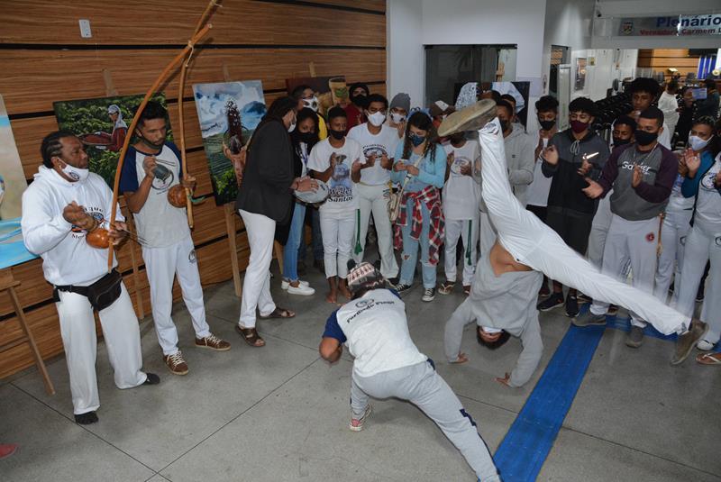 Imagem Câmara celebra Dia do Capoeirista e cobra mais políticas públicas de inclusão