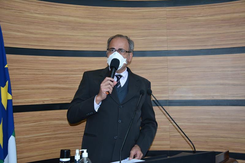 Imagem Augusto Cândido destaca documento cobrando melhorias no abastecimento de água