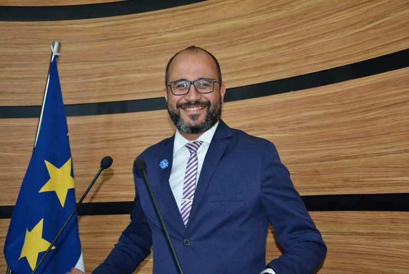 Imagem Orlando Filho destaca entrega de projeto à ministra Damares Alves