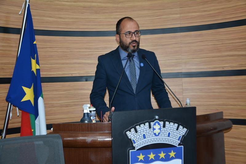 Imagem Orlando Filho anuncia emenda de R$350 mil para reforma e ampliação de escolas e creches