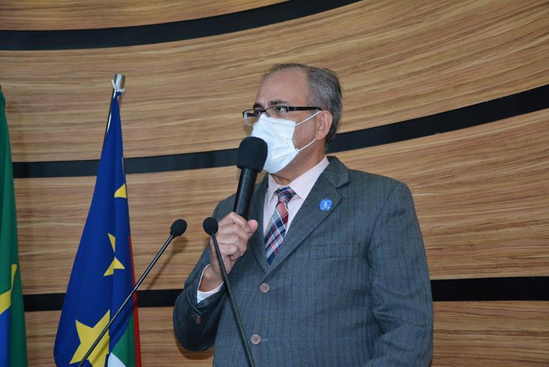 Imagem Augusto cobra retomada do ensino presencial na rede municipal de ensino