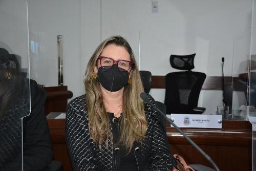 """Imagem Viviane questiona gastos com saúde especializada: """"Onde esses R$ 40 milhões estão sendo aplicados?"""""""