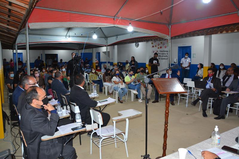 Imagem Tribuna Livre: moradores do Distrito do Iguá apresentam demandas em sessão itinerante