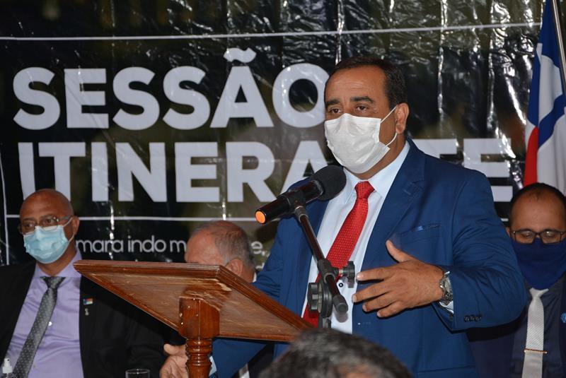 """Imagem """"Não precisamos ser o pai da obra, precisamos fazer nosso trabalho"""", declara Ricardo Babão sobre a pavimentação da estrada do Iguá"""
