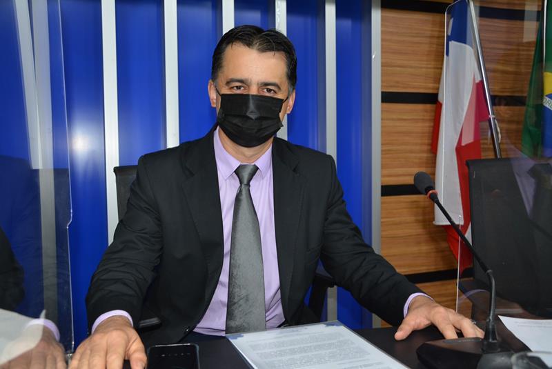 Imagem Fernando Jacaré ressalta que papel do vereador é buscar melhorias para o município