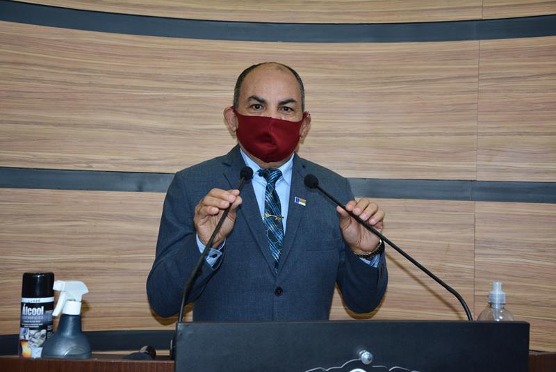 Imagem  Bibia destaca trabalho realizado pela Comissão de Legislação, Justiça e Redação Final