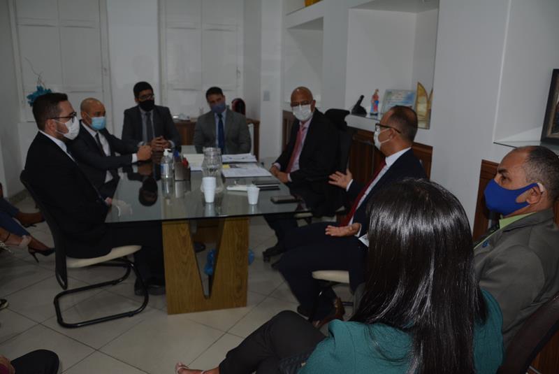 Imagem Câmara se reúne com Associação dos Procuradores do Município