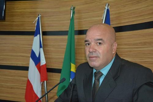 Imagem Osmário destaca reformas em escola na zona rural