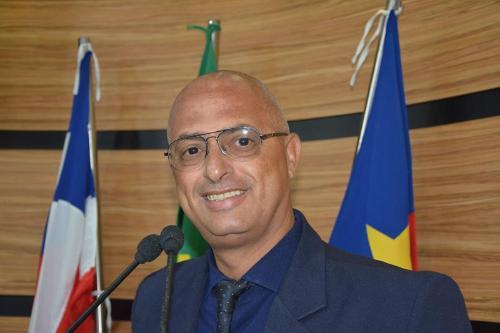 Imagem Dudé convida para entrega do Título de Cidadão Conquistense ao Padre Danilo Silva Pacheco