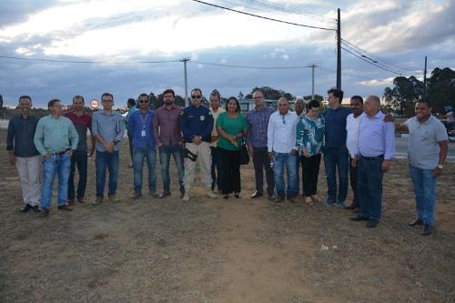 Imagem Comissão de vereadores visita pontos do anel viário e da BR-116