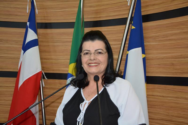 Imagem Lúcia Rocha volta a denunciar situação do Presídio Nilton Gonçalves