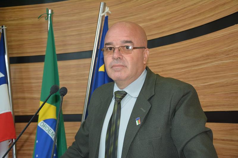 Imagem Osmário anuncia Posto Policial em Cercadinho e reforma do Posto de Saúde em Gameleira