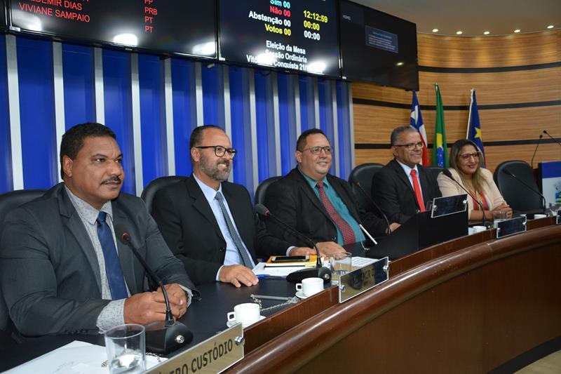 Imagem Vereadores elegem nova Mesa Diretora da Câmara Municipal