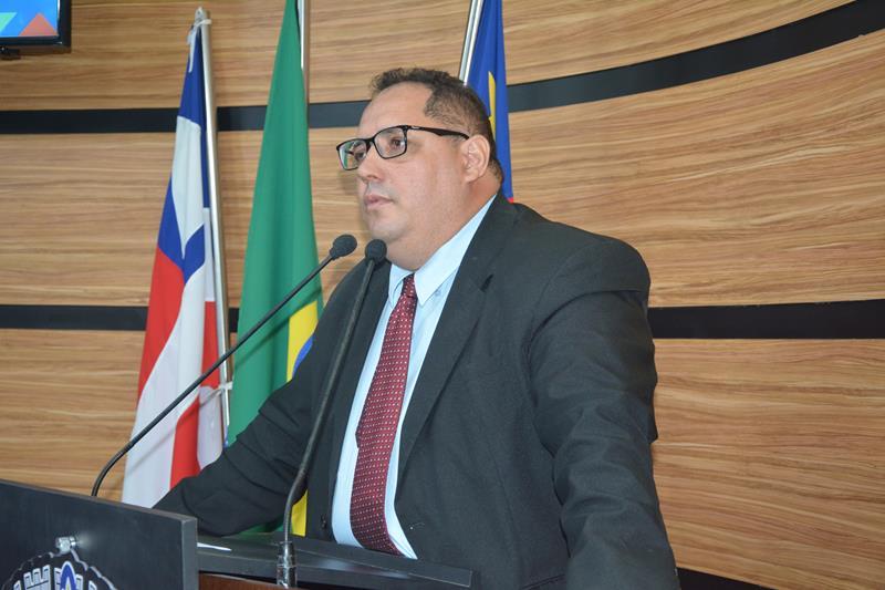 Imagem Luciano Gomes defende manutenção do SAC no Conquista Sul, patrolamento e asfalto nas estradas da Limeira