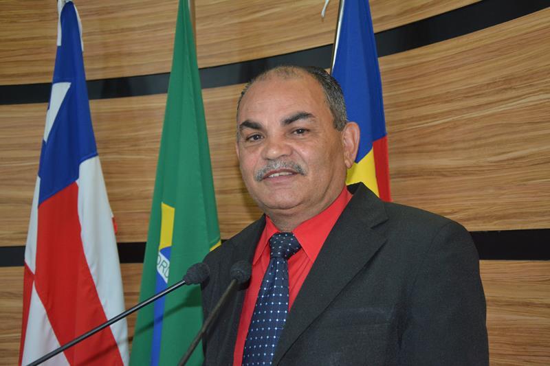 Imagem Bibia parabeniza Hermínio pela gestão, e deseja bons trabalhos para a nova Mesa Diretora da Câmara