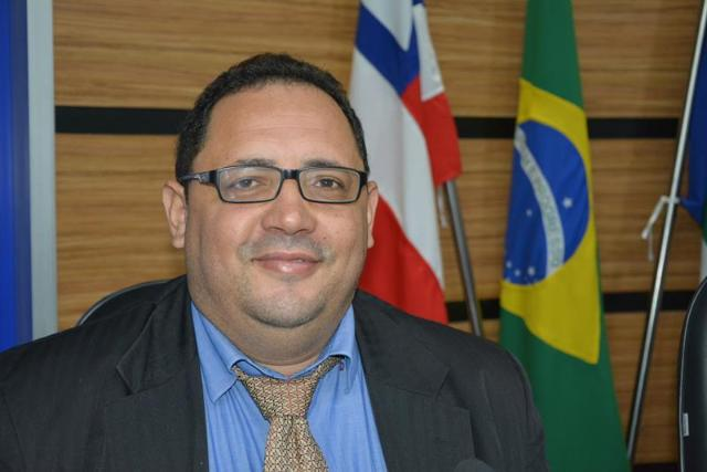 Imagem Luciano Gomes é contra moções de aplausos para secretários municipais
