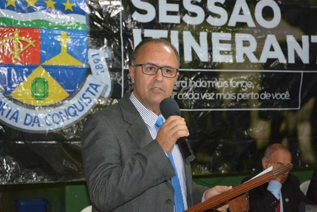 Imagem Valdemir Dias lembra que gestão anterior deixou obras engatilhadas para Governo Herzem