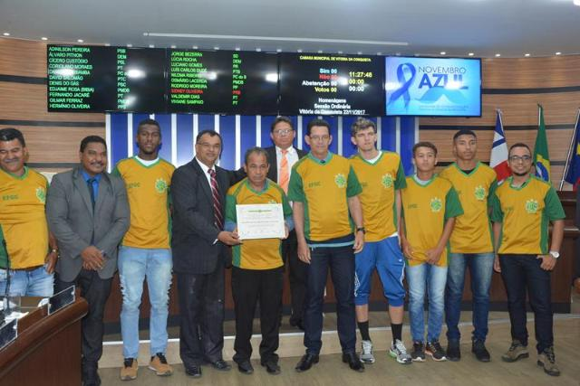 Imagem MOÇÃO DE APLAUSO: Câmara homenageia Escolinha de Futebol do Guarani